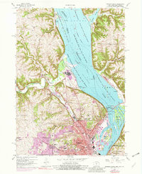 Download a high-resolution, GPS-compatible USGS topo map for Dubuque North, IA (1982 edition)